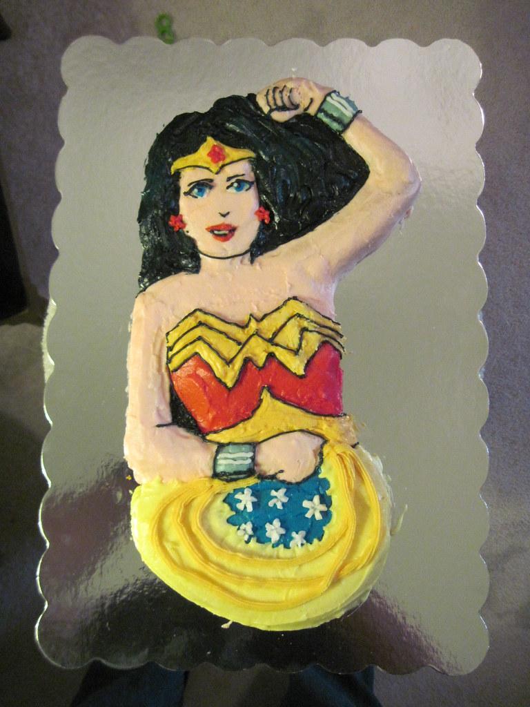 Wonder Woman Cake My First Attempt At Icinga 1978 Wilton