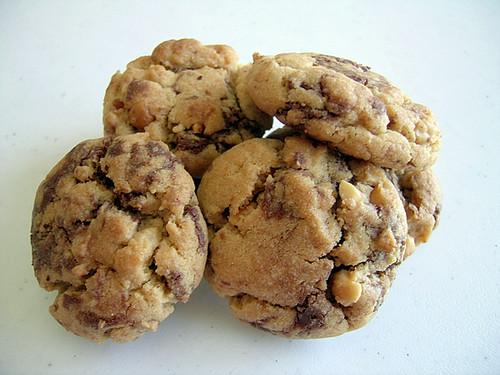 Peanut Butter & Nutella Cookies | Peanut butter cookies swir ...