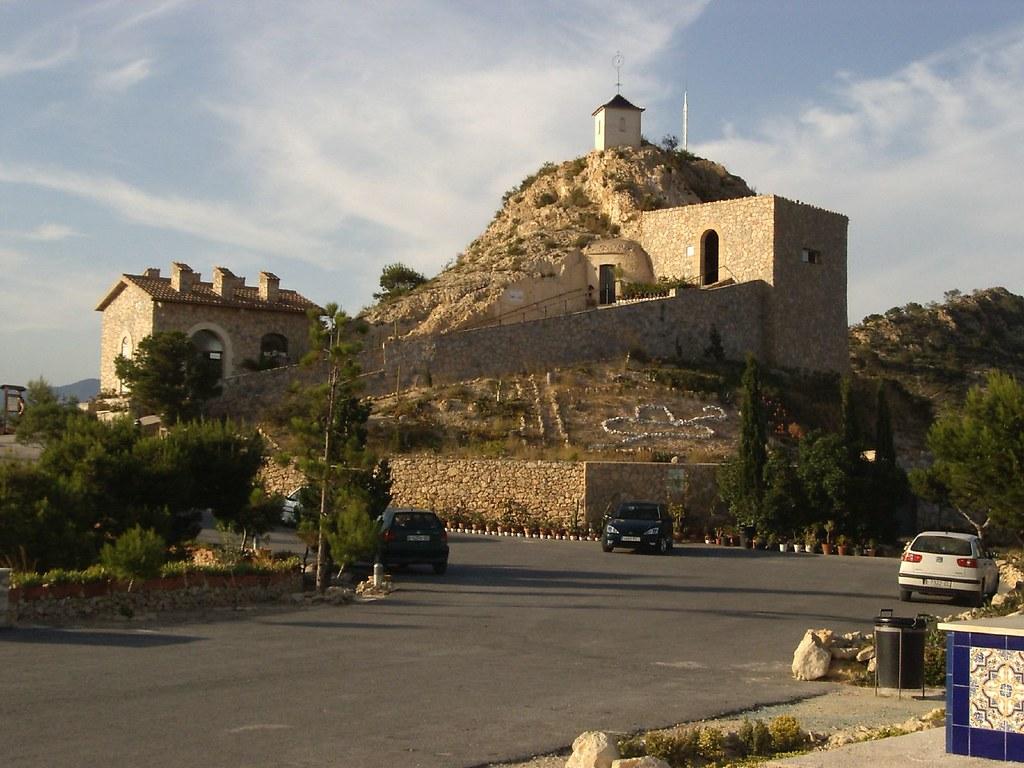 Cueva de san pascual orito esta foto particip en el - Casas prefabricadas monforte del cid ...