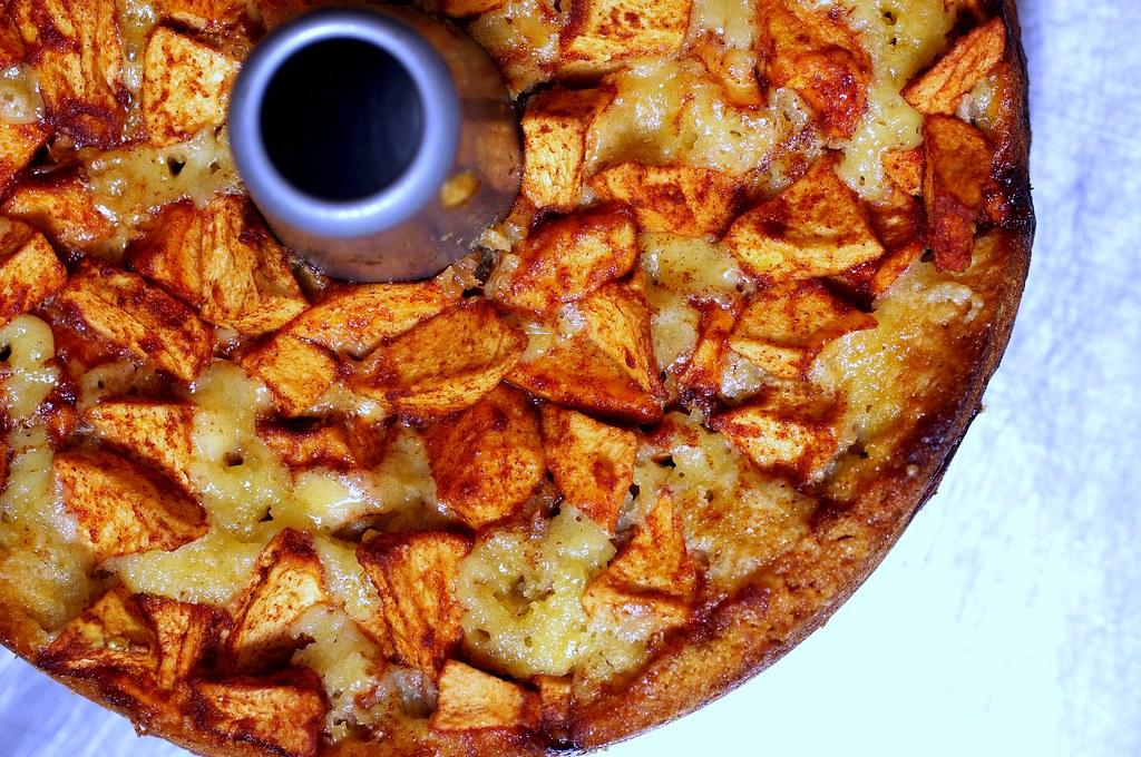 mom's apple cake | Mom's Apple Cake on smittenkitchen.com ...