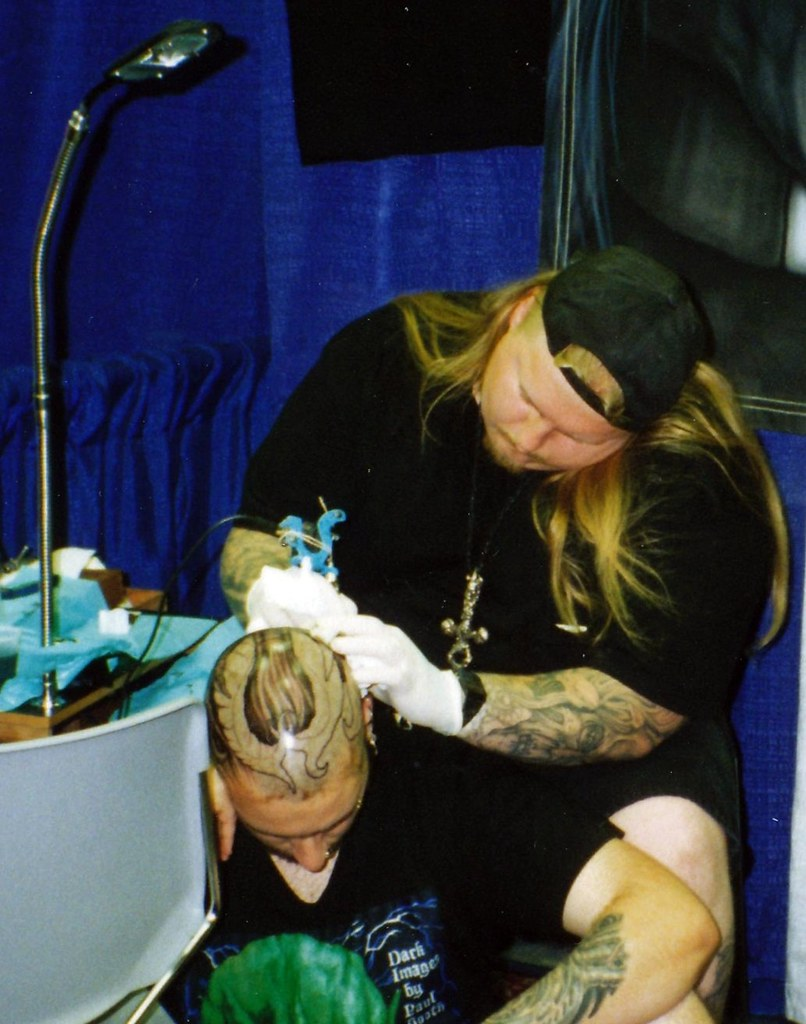Paul booth tattooing at san diego tattoo convention 1994 for Tattoo expo san diego