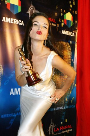 Natalia Oreiro in Mart...