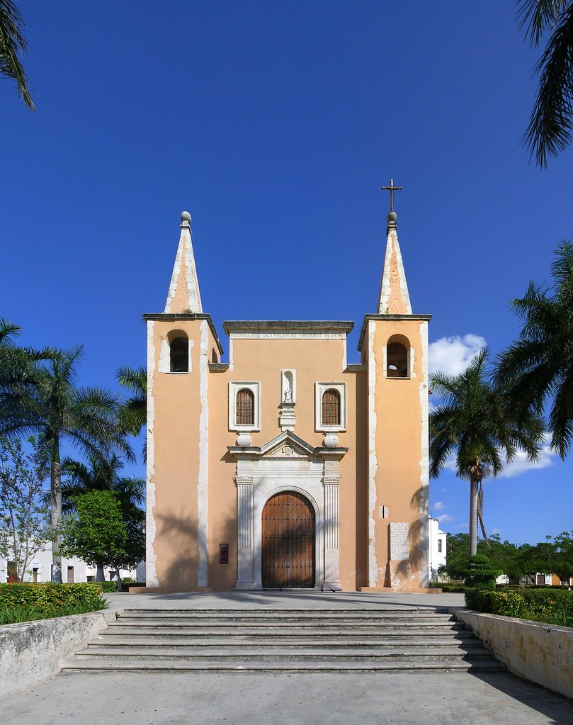 Iglesia de santa ana merida yucatan the little walled for Construccion de piscinas merida yucatan