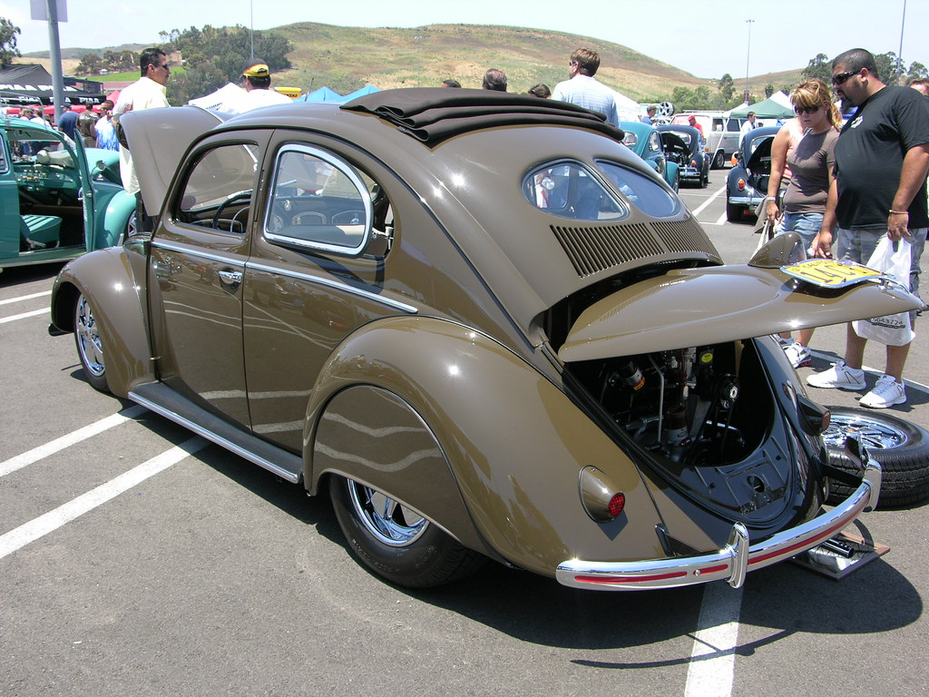 VW Volkswagen Beetle Split German Folks   Andrew Frood   Flickr
