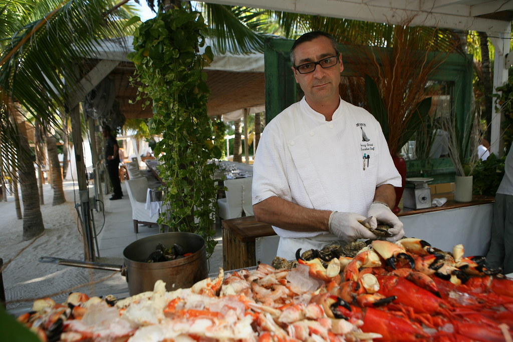 NIKKI BEACH Stone Crab and Lobster Happy Hour 10/18 | Flickr