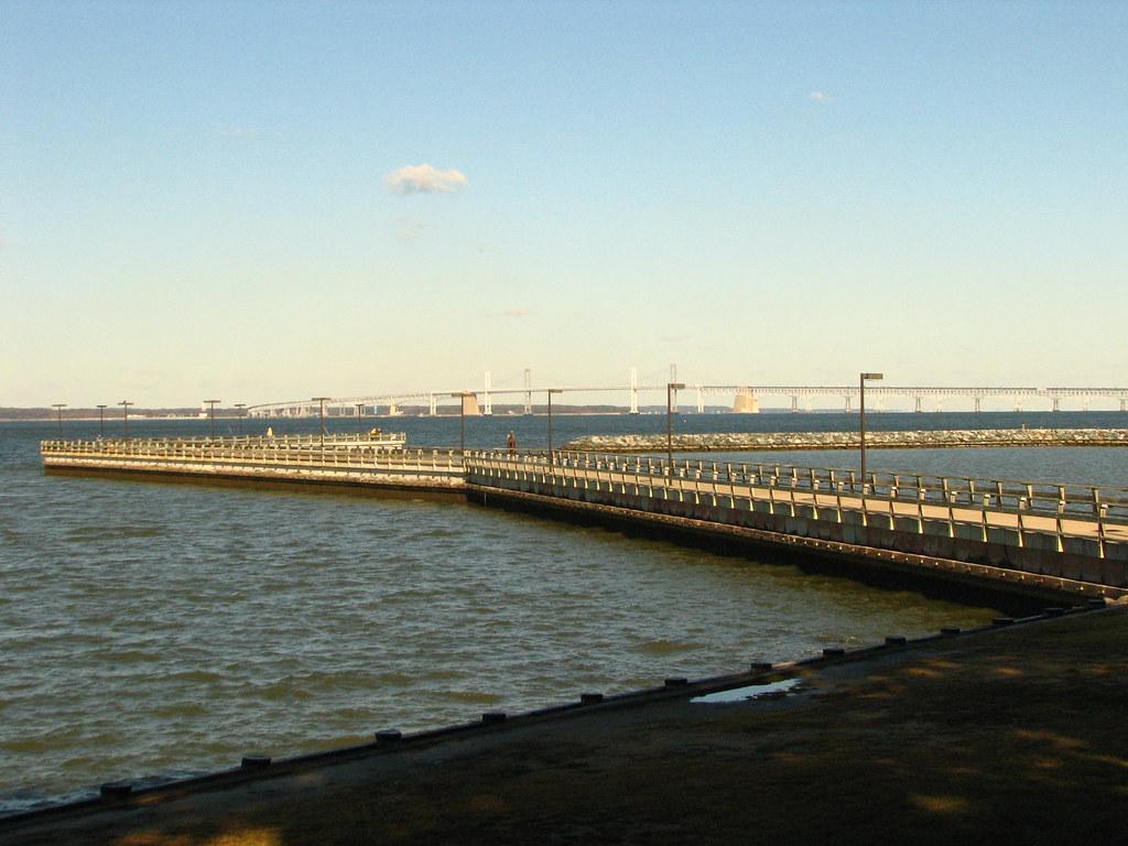 Matapeake md 20081030 131 fishing pier chesapeake bay for Chesapeake bay bridge fishing report