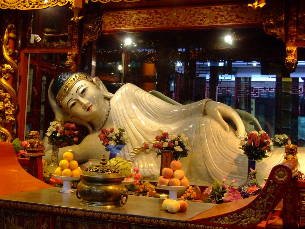 Resultado de imagem para Templo de Buda de Jade