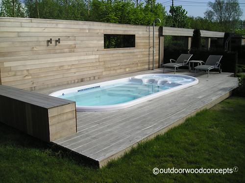 Terras met zwembad gevelbekleding in w r ceder profiel flickr - Terras teak zwembad ...