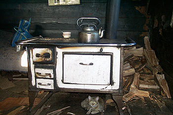 Cocina antigua una cocina antigua como muestra la foto for Cocinas de hierro antiguas