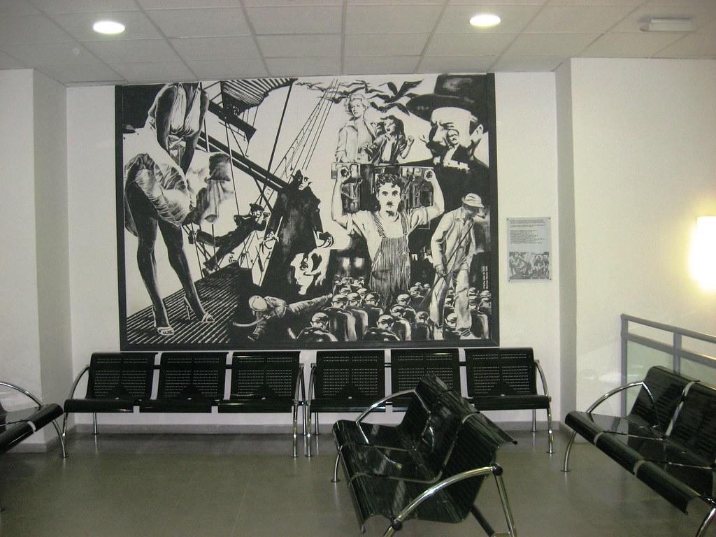 Centro de salud y el cine el mural de homenaje al final for El mural pelicula