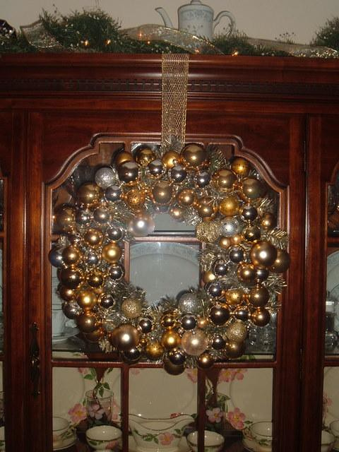 Dining Room Christmas Decorations Gold And Silver