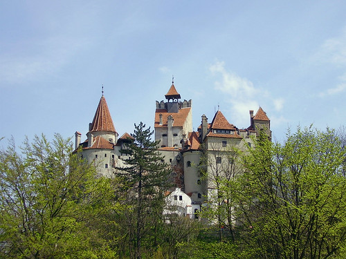Bran castle | by tamburix