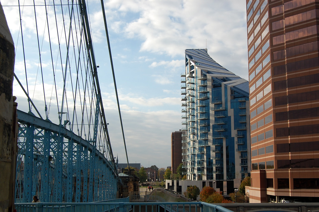 What Is Trade >> Condo Tower in Covington, Kentucky | The odd shaped ...