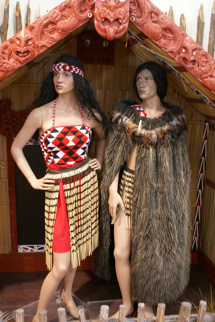 Maori Clothing: Handicrafts Made At Te Puia By Maori