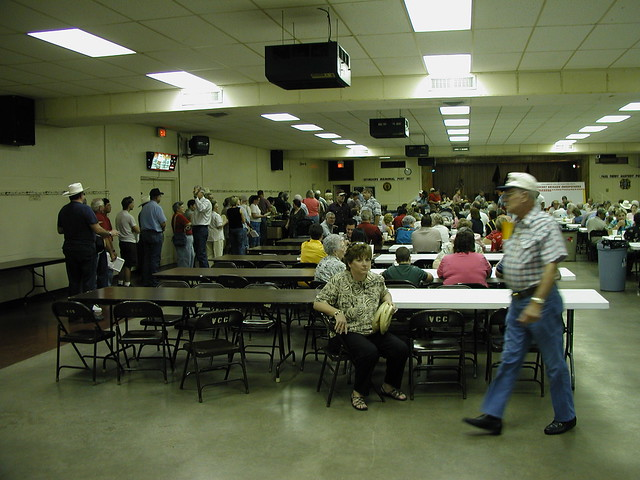 Columbus volunteer fire department fish fry vfw hall for Vfw fish fry