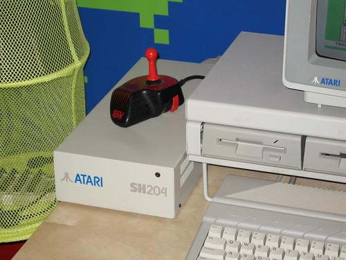 Disque Dur et Proc Atari ST 2376527587_d361f85f70