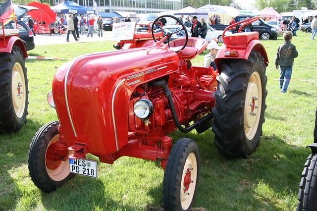 Porsche traktor wgroni flickr