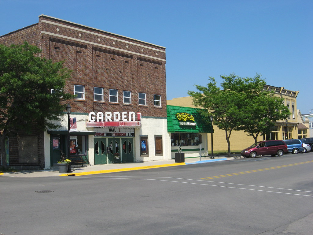 Garden Theater And Downtown Frankfort Frankfort Michigan Joseph Flickr