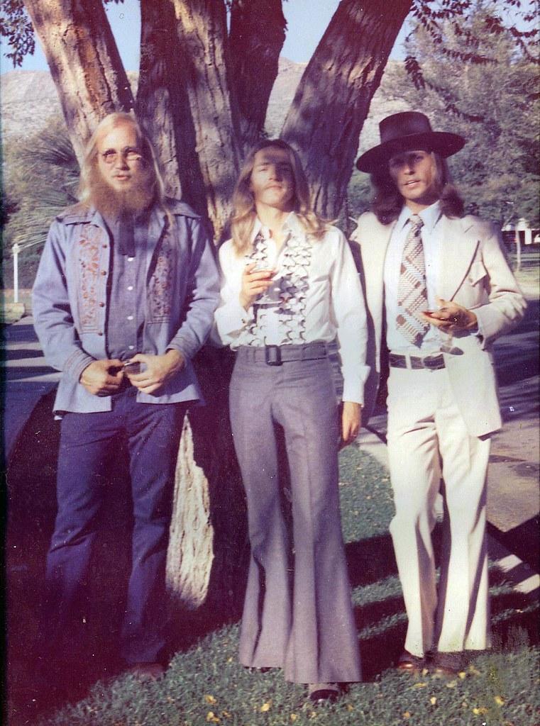 Tres Amigos En El Paso Hippie Wedding Day 1975 Kern Plac Flickr