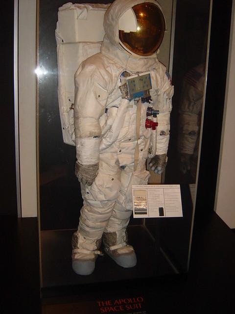 apollo space suit smithsonian - photo #7