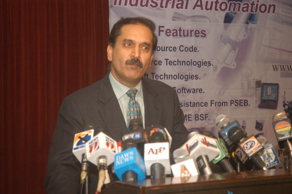 Dr Abdullah Riar Minister For It Dr Abdullah Riar