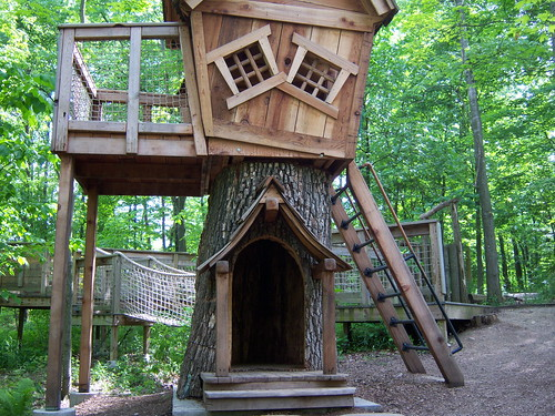Cool Tree House Flickr Photo Sharing