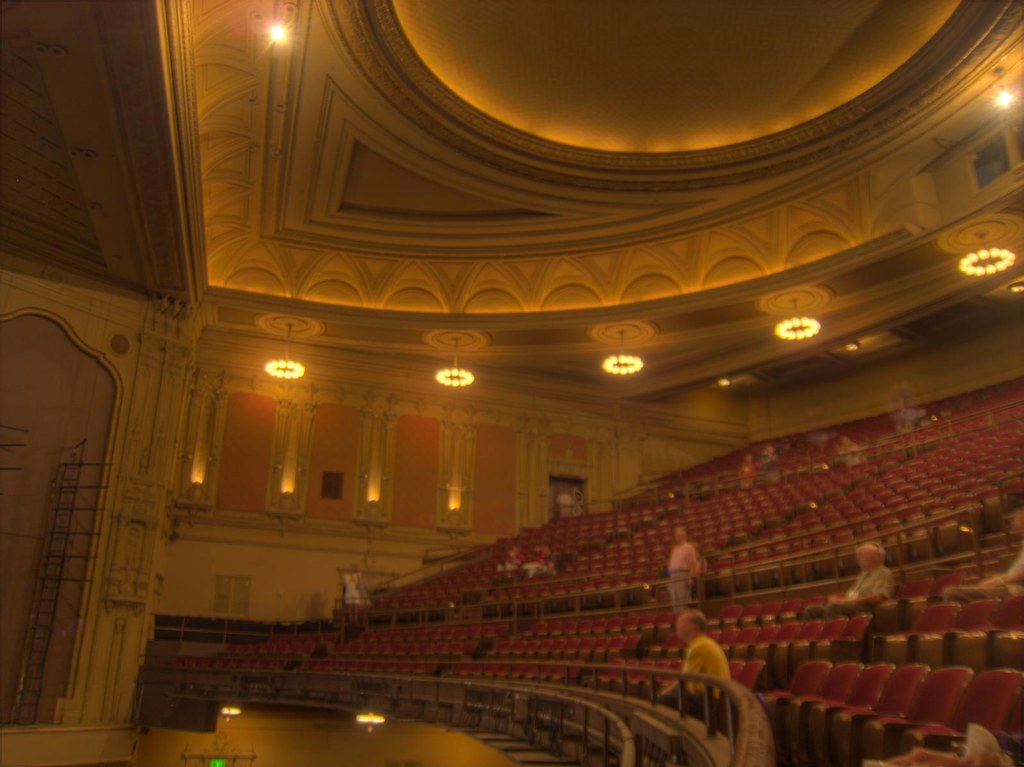Golden Gate Theatre San Francisco Ca 1 Taylor Street