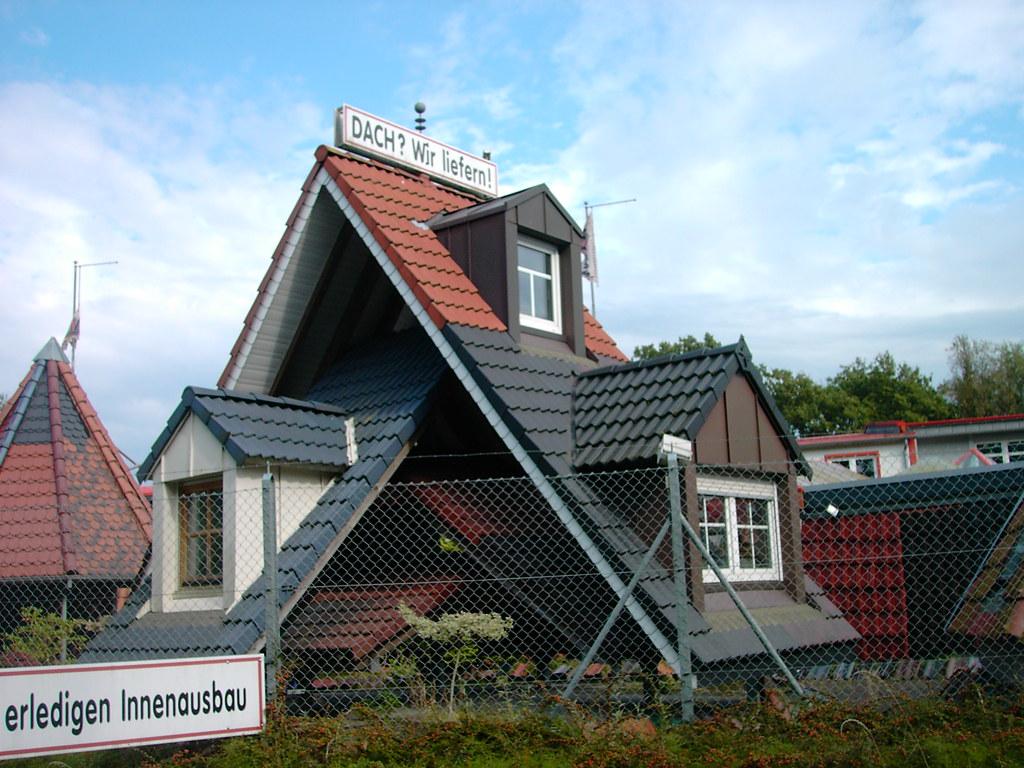 Kosten Dachausbau 100 Qm : dachgaubenausstellung gaube essen dachgauben gauben gaupen flickr ~ Buech-reservation.com Haus und Dekorationen