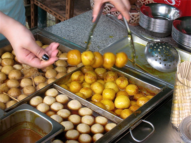 Serving Fish Balls foods to try in hong kong