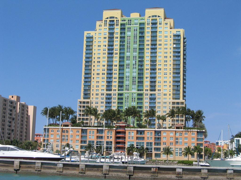 South Beach Miami Condo Foreclosures