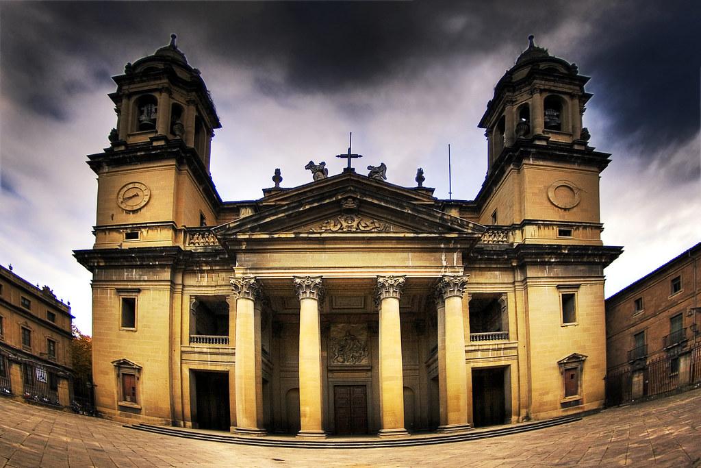 fachada de la catedral de pamplona  iñaki de luis  Flickr