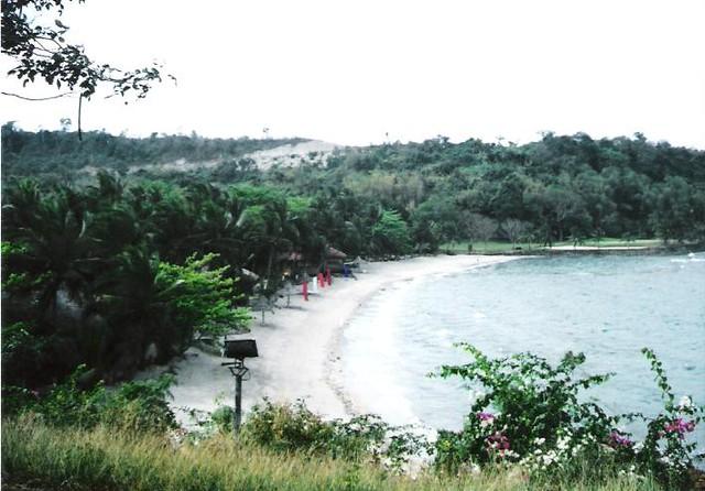 caysubic beach