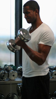 Bicep curl reflection | by sportsandsocial