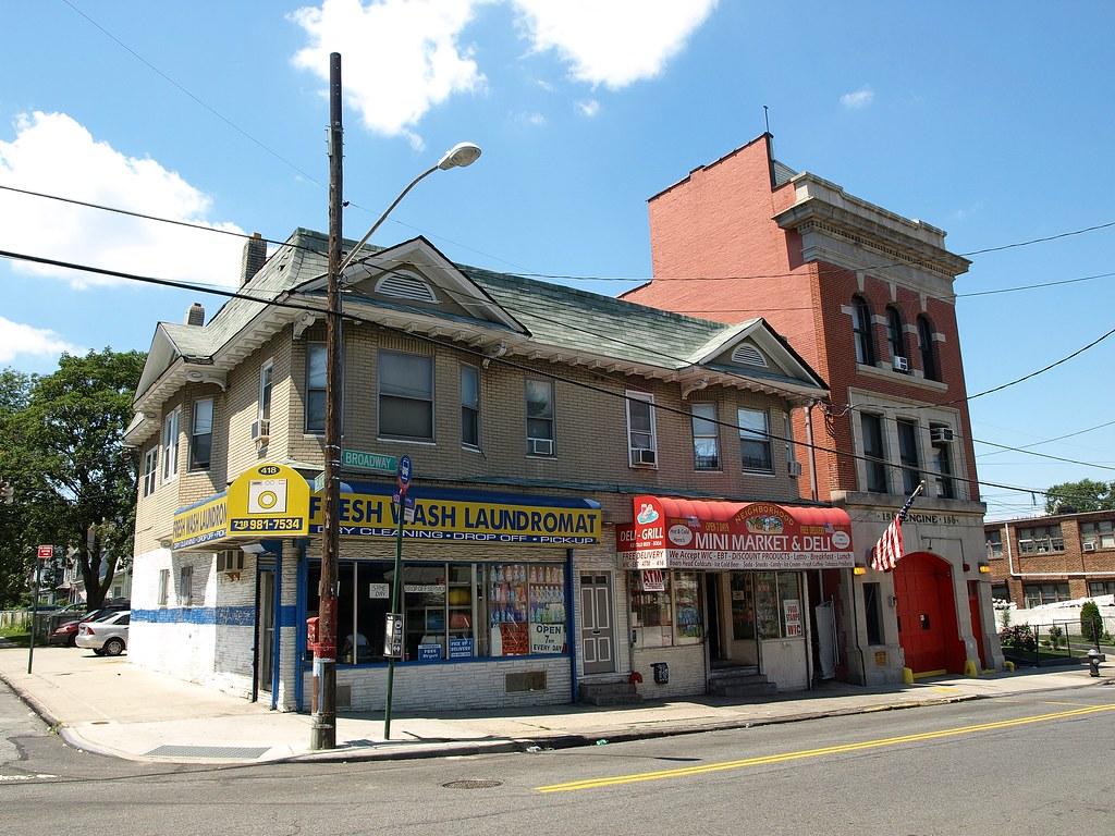 Hyatt Street Staten Island