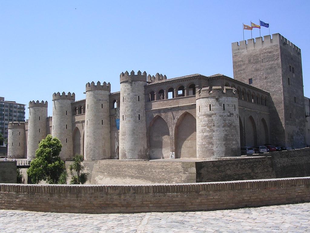 Aljafer a zaragoza espa a la aljafer a es un palacio - Arquitectura en zaragoza ...