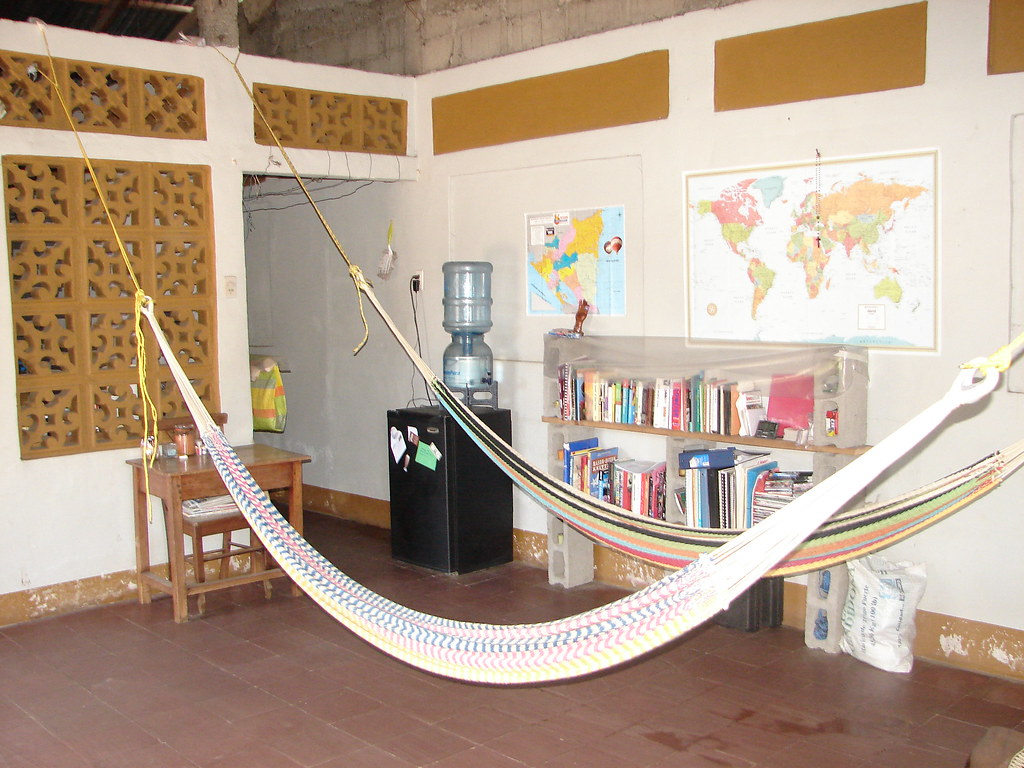 Living room hammocks paul and holly ragan flickr for Living room hammock