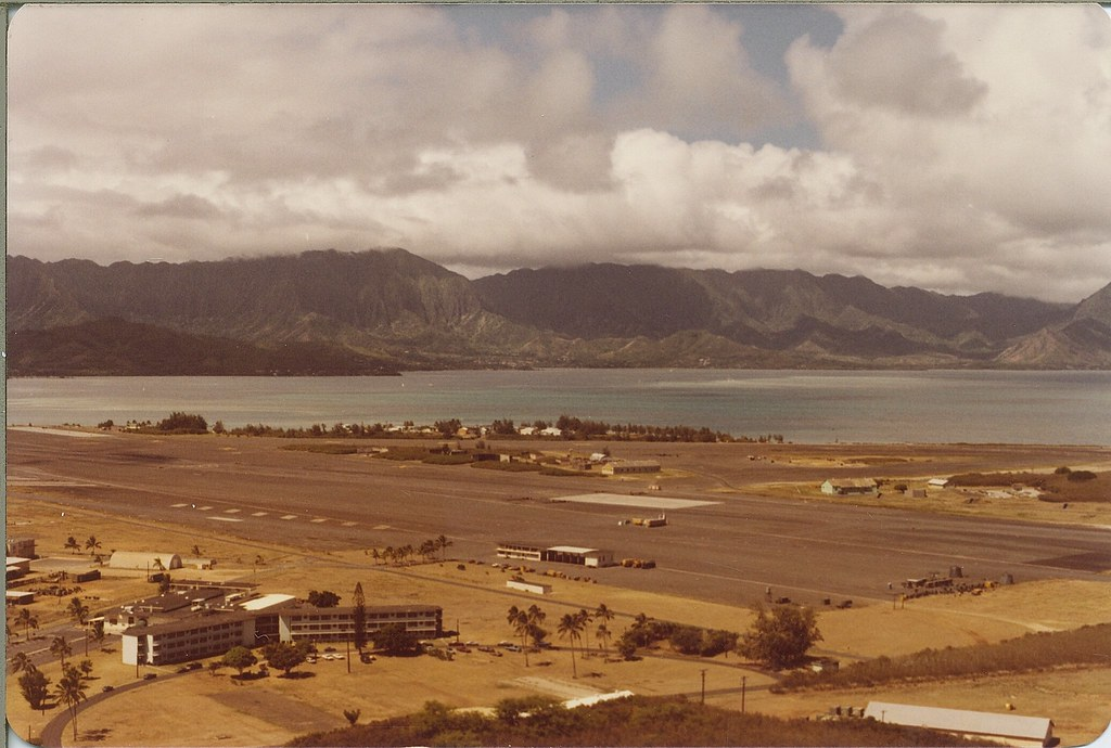 KANEOHE BAY, HAWAII: 1982 | Marine Corps Air Station Taken ...