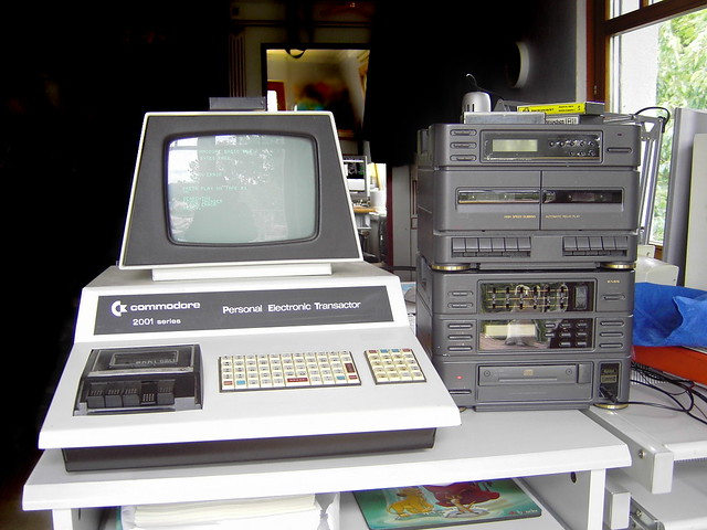 Commodore PET 2001 with hi-fi system | This is a running com… | Flickr