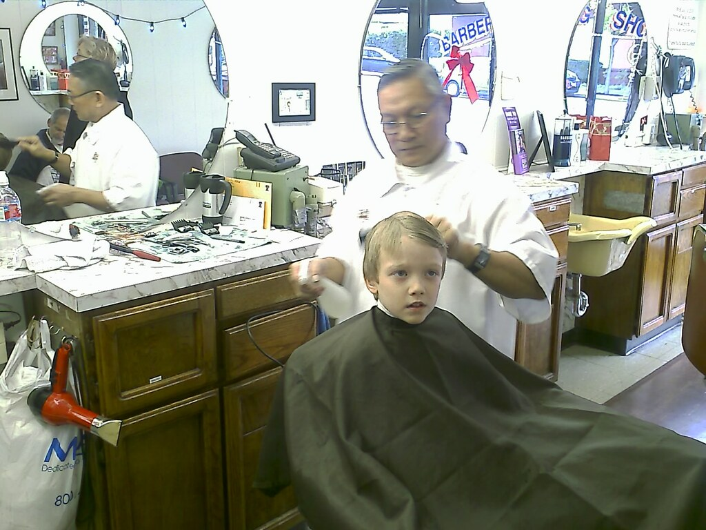 Barber Shop Palo Alto : Rays First Barber Shop Haircut in Palo Alto - Camera phon ...