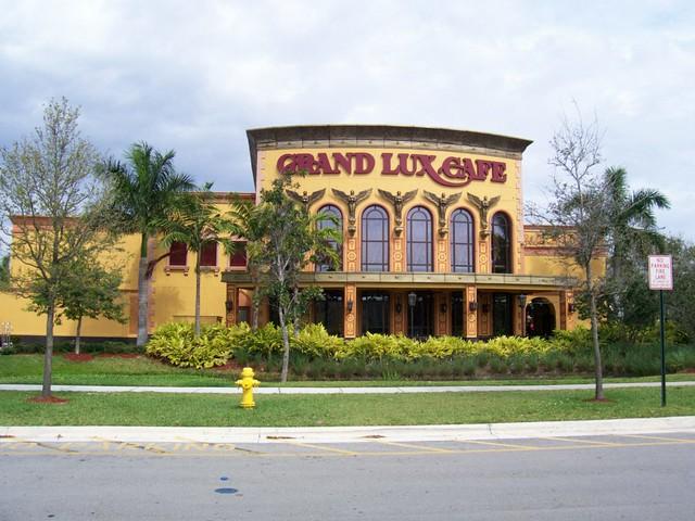 Grand Lux Cafe Boca Raton Telephone Number