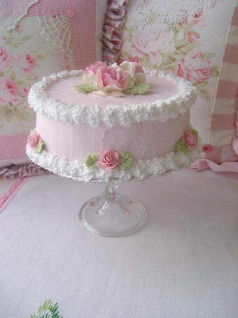 Shabby Chic Decorated Sheet Cake