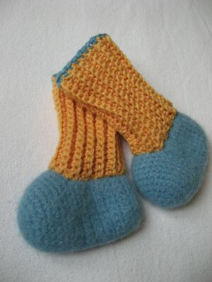 How to Crochet Baby Socks | eHow