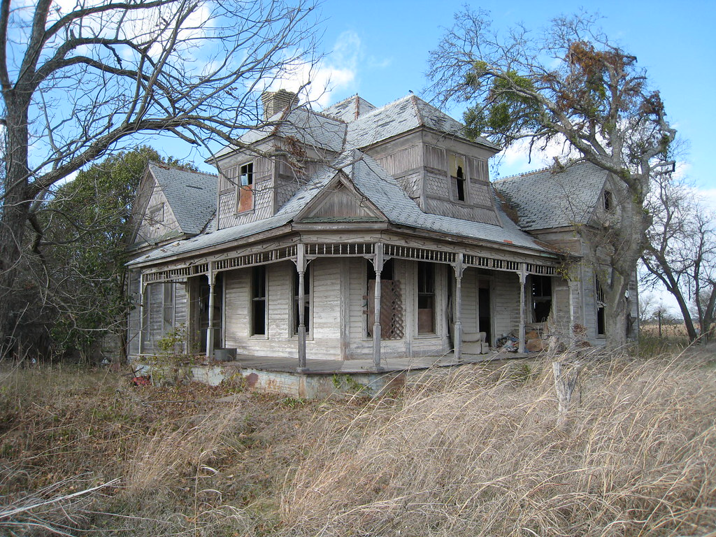 1800s texas farmhouse man do i want to film a horror for Texas farm houses