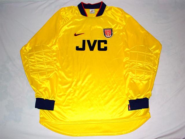 183bdf7bf ... Arsenal FC 97 98 Home GK Jersey
