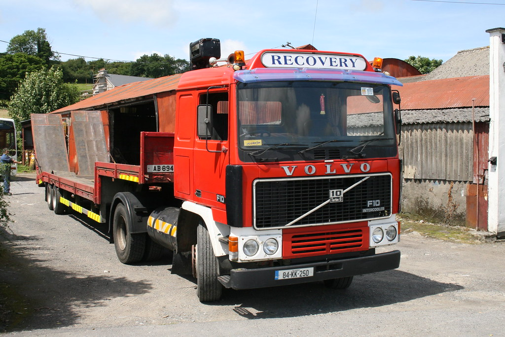 "A tidy old Volvo F10 tractor unit | ""old"" lorries are quite … 