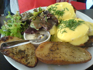 Eggs benedict | by clotilde