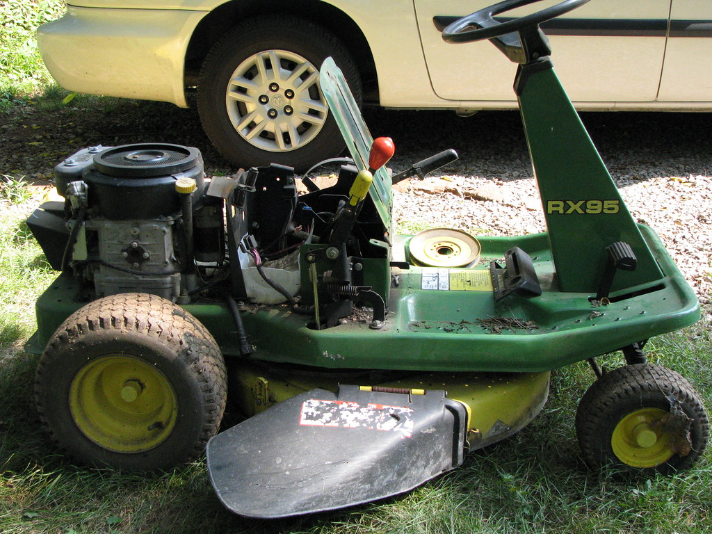john deere rx95 seat and body removed doug mccaughan flickr. Black Bedroom Furniture Sets. Home Design Ideas