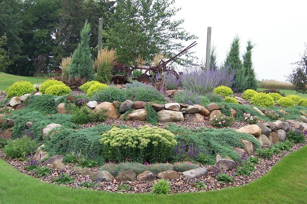 100b0150gardens landscaping wisconsin rock garden ston for Creare un giardino semplice