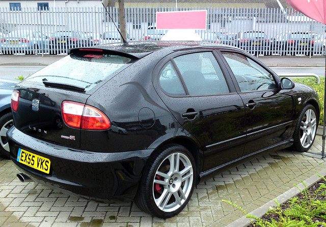seat leon cupra r 225 in black 1 8 litre turbo same engin flickr. Black Bedroom Furniture Sets. Home Design Ideas