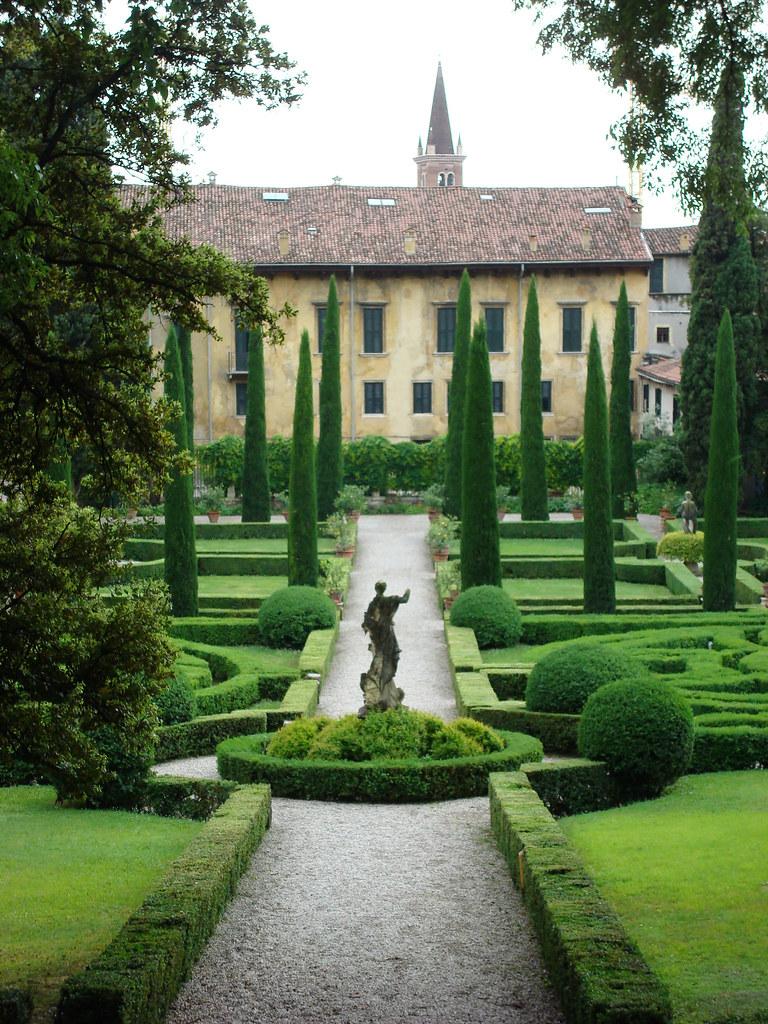 Verona giardino and palazzo giusti this gives a longer for Giardino e palazzo giusti